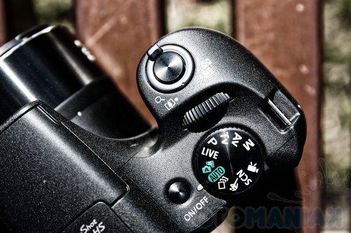 Na zdjęciu widoczne pokrętło trybów P,A,S,M./fot. fotoManiaK.pl