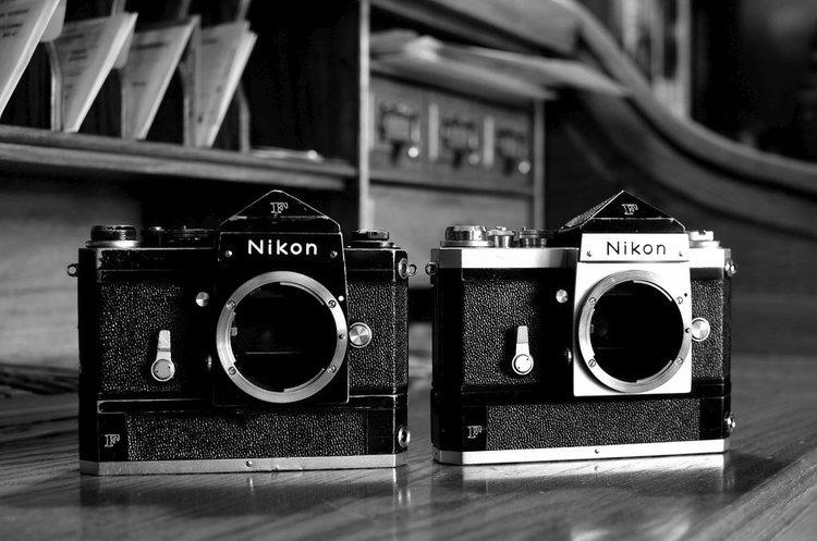 Czy warto robić zdjęcia analogiem? Czy aparat na klisze ma jeszcze sens? -