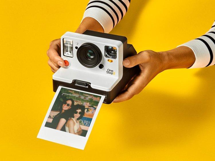 Polaroid OneStep 2 – analogowy aparat do zdjęć natychmiastowych -