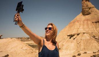 Co musi mieć aparat do kręcenia vlogów? -