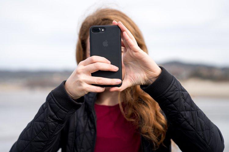 Jak NIE ROBIĆ zdjęć smartfonem? Oto 16 najczęściej popełnianych błędów! -