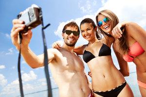 Udane zdjęcia z wakacji – co się przyda i o czym pamiętać? -