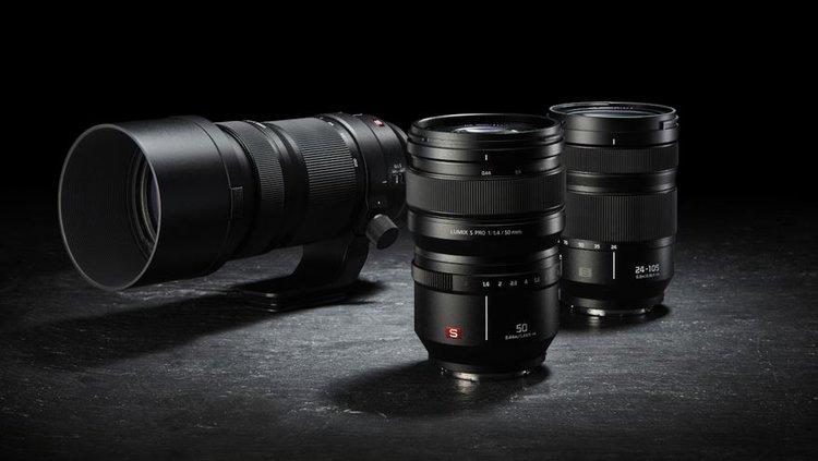 Panasonic: trzy nowe obiektywy dla systemu Lumix S -