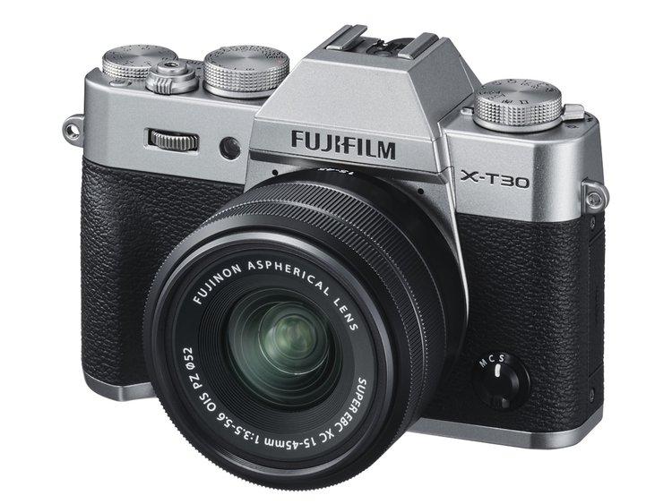 Fujifilm X-T30. Mniejsza i tańsza wersja modelu X-T3 -