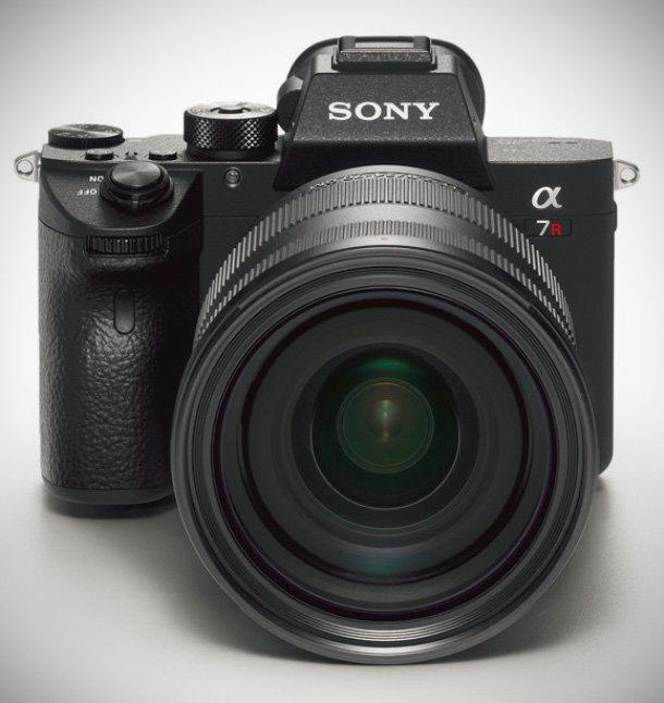 Nikon Z7 kontra Sony A7R III. Wiemy, która matryca jest lepsza -