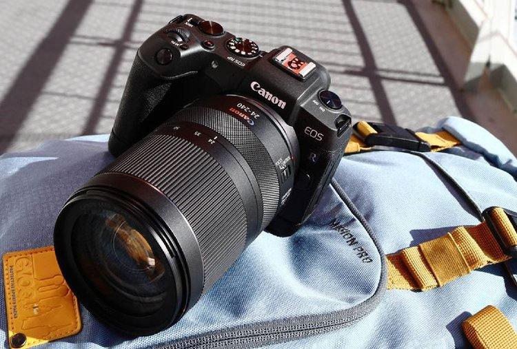Canon RF 24-240mm F4-6.3 IS USM. Uniwersalny obiektyw pełnkoklatkowy RF -