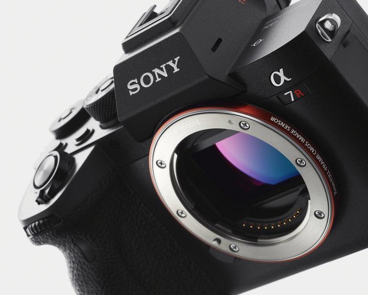 Aparat Sony α7R IV: 61 Mpix na pełnej klatce w technologii BSI! -