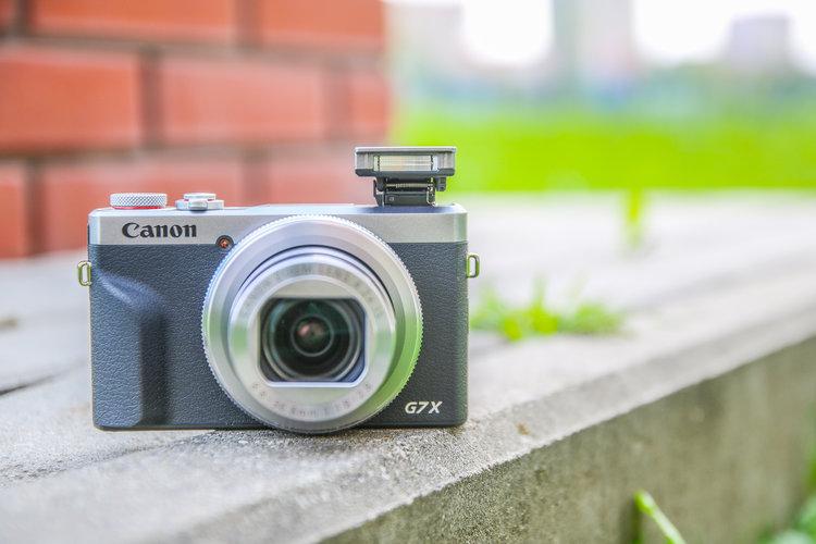 Canon Powershot G7X Mark III – test. Idealny kompakt dla vlogera i na wakacje -