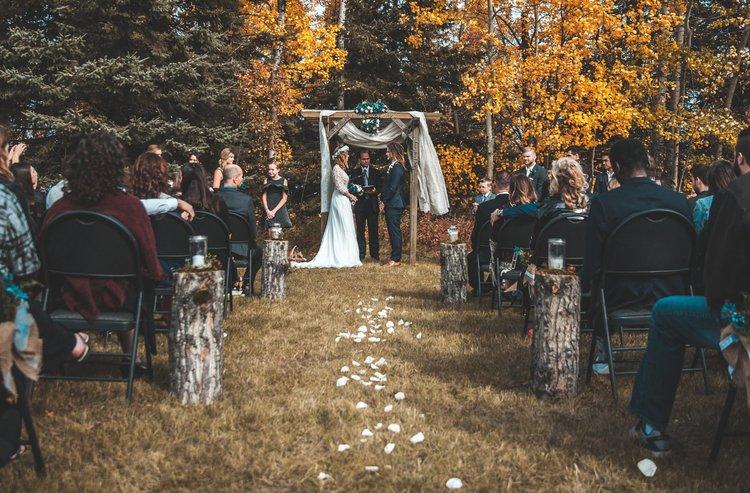 Fotograf stłukła kolano na ślubie. Chce za to 577 tys. dolarów -