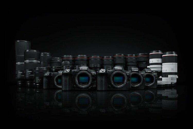 Nowości na 2020 rok: cztery obiektywy RF i dwa extendery do systemu Canon EOS R -
