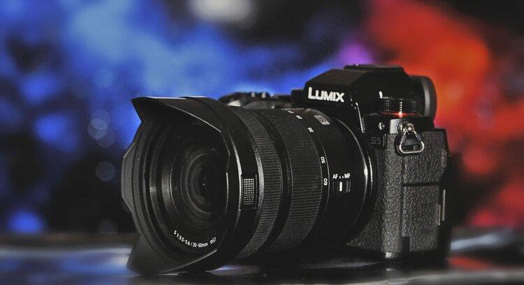 Panasonic Lumix S5 to najlepszy aparat w swojej cenie! (TEST) -