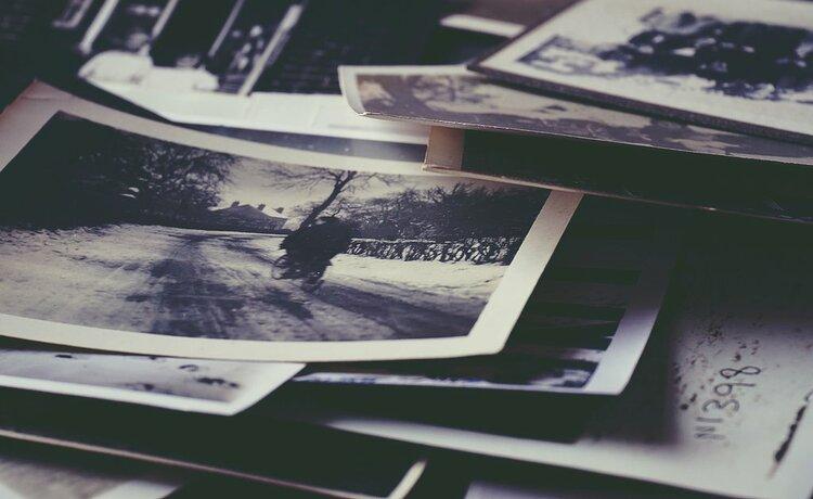 Jak ożywić stare zdjęcie? To darmowe narzędzie online czyni cuda! -